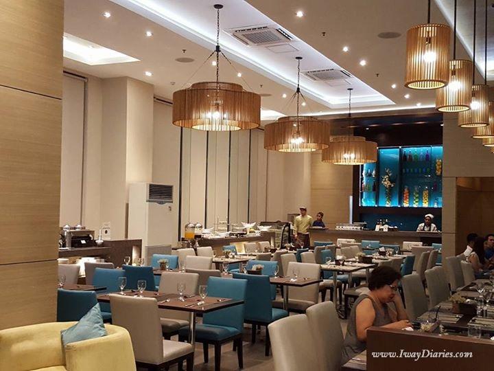 Cafe Breeze Interior