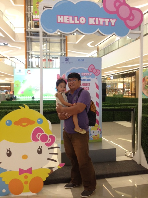 Daddy and Louise at the Hello Kitty Meet and Greet