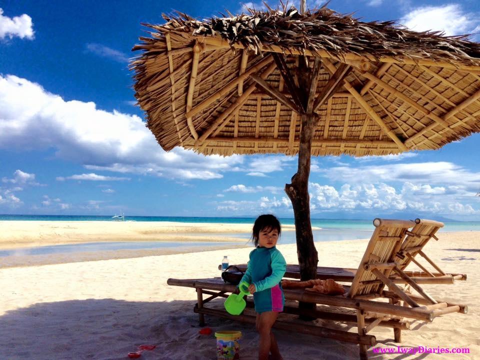 kid at the beach - bantayan cebu