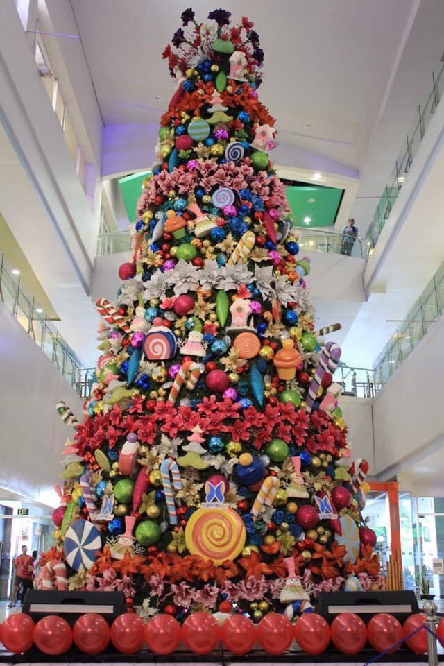 christmas-tree-j-center-mall