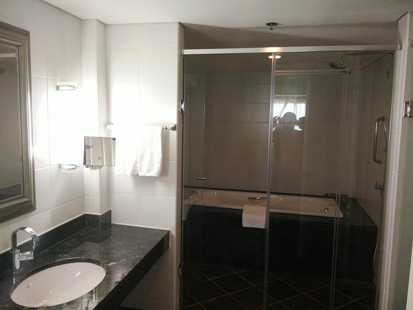 jpark-bathroom