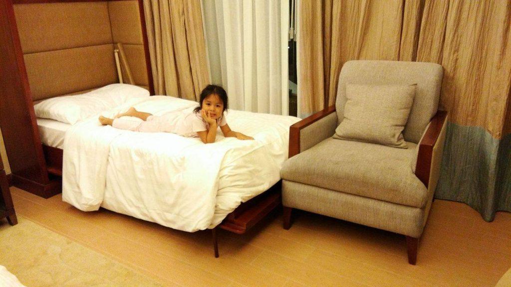 mini-bed-shangri-la-cebu
