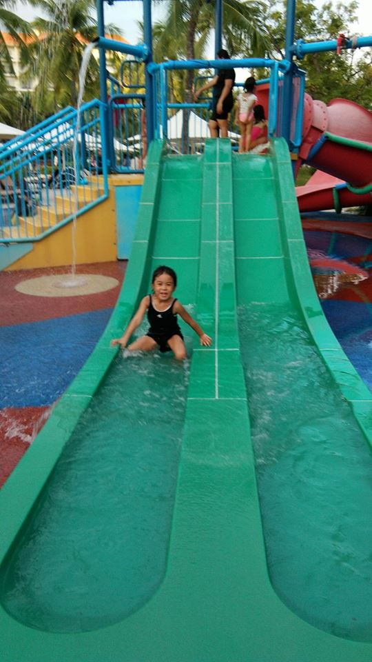 shangri-la-mactan-kids-slide