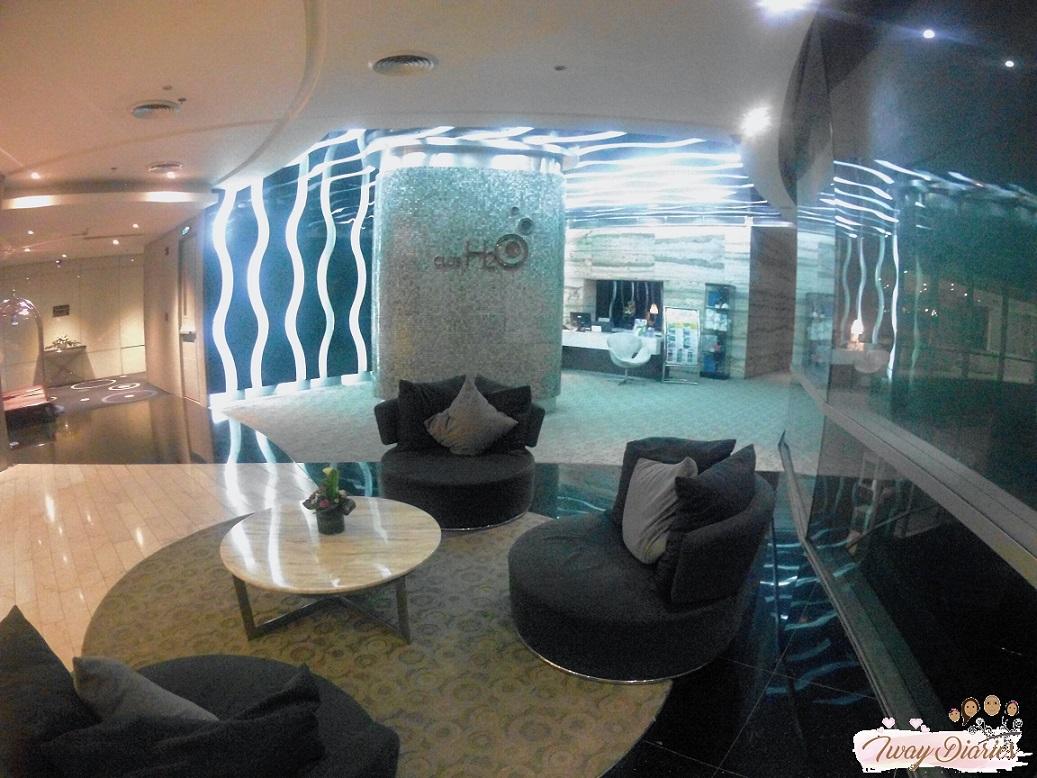 Hotel H2O - Lobby