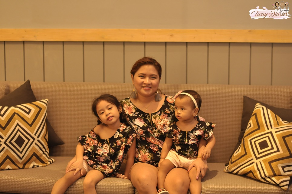 cebu mommy blogger - matchy mom and daughter dress
