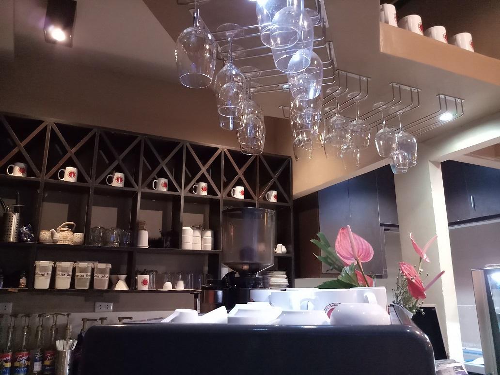 Cafe Elora - ceiling