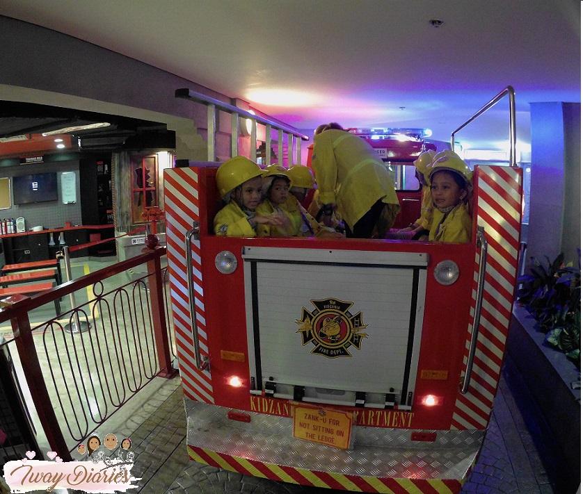 Kidzania - firefighter - role playing