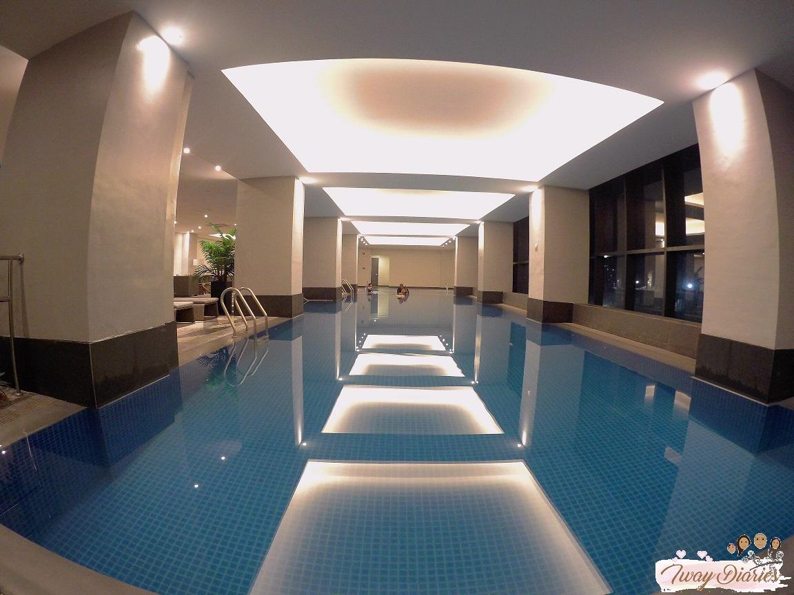 Robinsons Summit Galleria Hotel - Pool