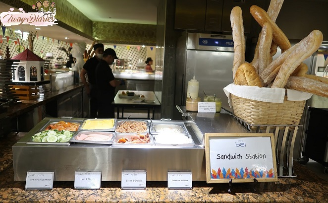 Cafe Bai Sandwich station