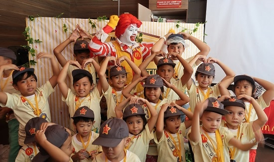 iwaydiaries at mcdo kiddie crew