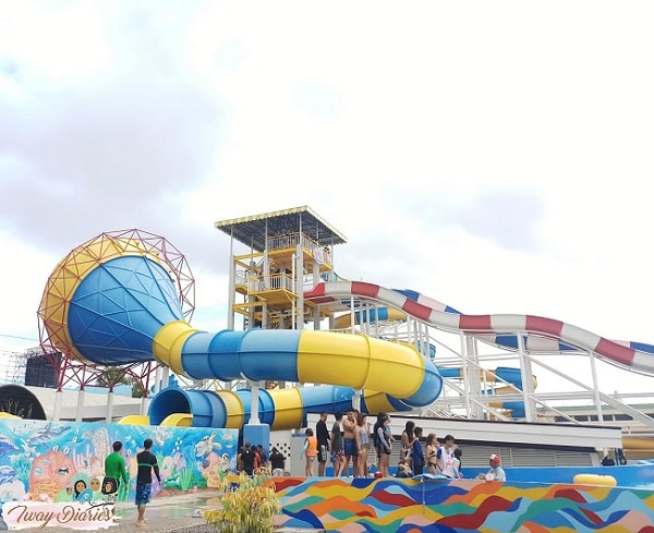 Waterworld Cebu Slide